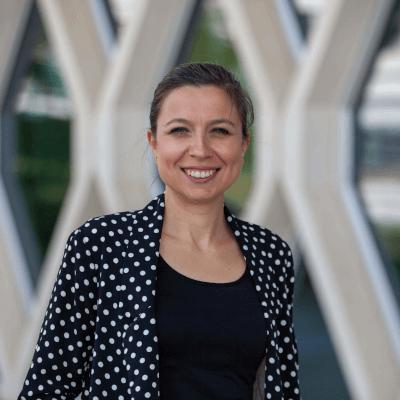 Sunum  Burcu Girginer Özünlü Doktora: Malzeme Bilimi ve Mühendisliği